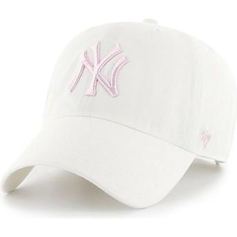 47 Brand Curved Brim Pinkes Logo New York Yankees MLB Clean Up Cap weiß