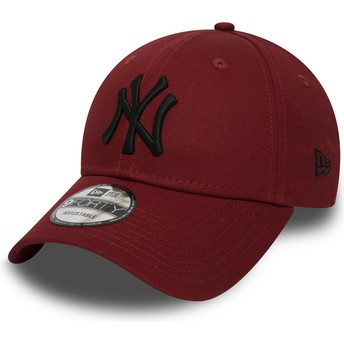 Casquette courbée rouge ajustable avec logo noir 9FORTY Essential New York Yankees MLB New Era