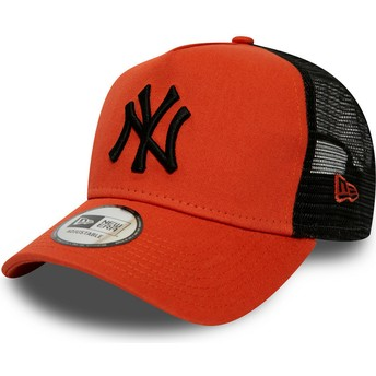 New Era Black Logo League Essential A Frame New York Yankees MLB Red Trucker Hat