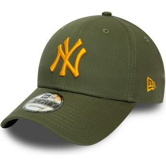New Era Curved Brim Orange Logo 9FORTY League Essential New York Yankees MLB Green Adjustable Cap