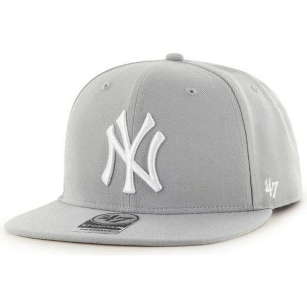 casquette-plate-grise-snapback-avec-cuir-mlb-newyork-yankees-47-brand