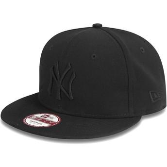 New Era Flat Brim 9FIFTY schwarz on schwarz New York Yankees MLB Snapback Cap schwarz